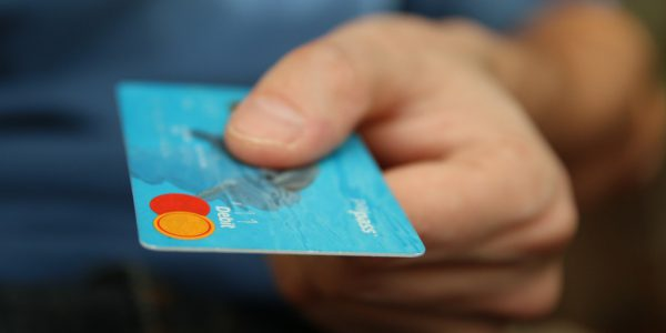 ¿Piensas comprar lotería por internet? Atento a estos consejos